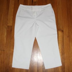 Ann Taylor Petite Signature Crop Pants 4P White